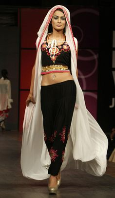 designers collection at Pakistan Fashion week 2013