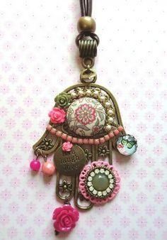 HamsaHAMSA / خمسة / חַמְסָה / AMULET / KHAMSAH / HAND OF FATIMA / TATTOOSMore Pins Like This At FOSTERGINGER @ Pinterest Hamsa Necklace, Evil Eye Necklace, Boho Jewelry, Handmade Jewelry, Jewelry Ideas, Jewelry Box, Copper Wire Crafts, Hamsa Art, Hand Of Fatima