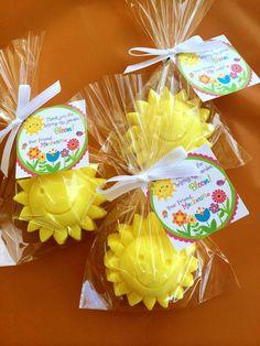 25 SUN SOAPS {Favors} - Sunshine party, Summer Birthday, Party Favors, baby Shower, Pink Lemonade, Little Sunshine, Soap Favors, Flower