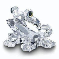 Swarovski Crystal Frog Figurine, So Pretty. Swarovski Ornaments, Swarovski Crystal Figurines, Swarovski Crystals, Glass Figurines, Collectible Figurines, Crystal Kingdom, Glass Animals, Crystal Collection, Stones And Crystals