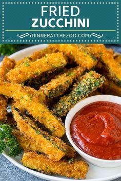 Deep Fried Zucchini, Fried Zucchini Sticks, Zucchini Pommes, Fried Zucchini Recipes, Zucchini Fries, Recipe Zucchini, Zuchinni Sticks, How To Fry Zucchini, Fried Zucchini Batter