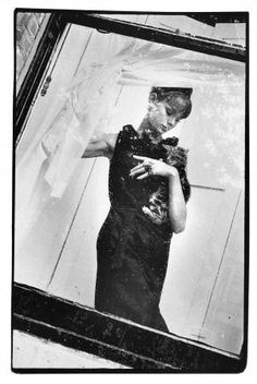 Jean Shrimpton by Brian Duffy 1961 . Love this use of the window!