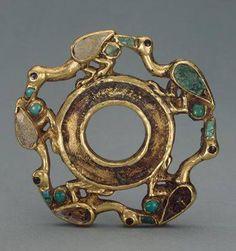 Skythen/Saka Artefakt ca.500-400.vor Chr. von Sibirien Gold, Türkis und Koralle, Sibirische Sammlung Hermitage Museum St.Petersburg Russia