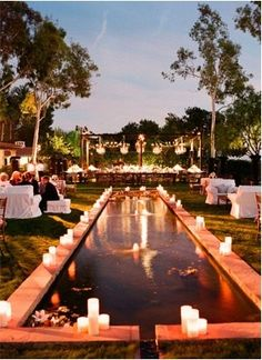 Love the idea of have the reception outdoors next to a reflecting pool