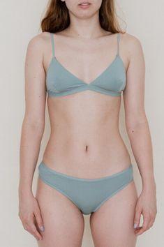 MISSISSIPPI BRA- JULIET GREEN — emmapardos Minimal Outfit, Mississippi, Green Colors, Bikinis, Swimwear, Bra, Outfits, Fashion, Bathing Suits