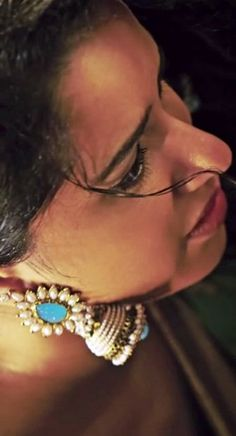 The jhumke! As seen in Aashiqui 2
