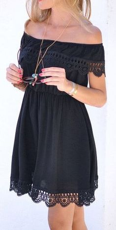 Off the Shoulder Contrast Lace Dress