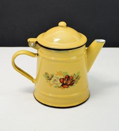 Vintage Enamelware Teapot Romania by Ero by TGALCOLLECTIBLES