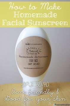 Homemade Facial Sunscreen - I substituted the jojoba oil with almond oil because I that's what I had at home