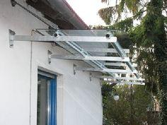 Kellerüberdachung aus Stahl und Glas in Köln