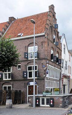 't Wapen van Gelderland in Zaltbommel