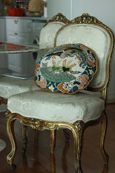 Beautiful chair and needlepoint.