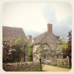 Hailey, Oxfordshire Wisteria, Geography, Genealogy, England, Cabin, House Styles, Instagram Posts, Cabins, Cottage