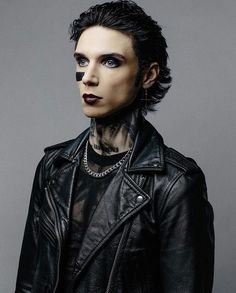 Andy Biersack from IG Andy Black, Andy Biersack, Black Veil Brides Andy, Jake Pitts, Mayday Parade Lyrics, Black Dagger Brotherhood, Alan Ashby, The Amity Affliction, Halestorm