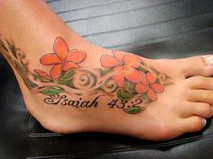 small ankle tattoos for girls 30 artistic hawaiian flower tattoos slodive tattoos. Black Bedroom Furniture Sets. Home Design Ideas