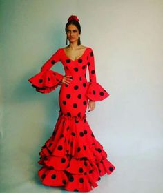 Pilar Vera Red Outfits, Oriental Fashion, Lady In Red, Wrap Dress, Polka Dots, Costumes, Chic, Womens Fashion, Dresses