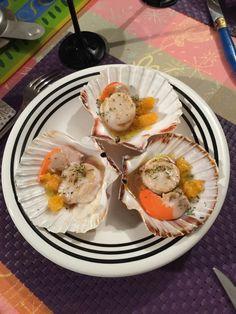 Coquilles Saint Jacques cuites dans leurs coquilles