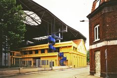 Bernard Tschumi Architects - Le Fresnoy Center