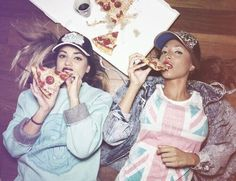 so true post-going out Soft Grunge, Hipster Grunge, Cute Friends, New Friends, Young Wild Free, Girls World, Thats The Way, Partners In Crime, Black Girl Fashion