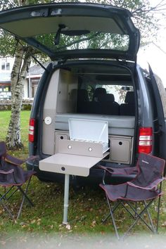 Survival camping tips Minivan Camper Conversion, Suv Camper, Build A Camper Van, Mini Camper, Volkswagen Touran, Vw T5, Volkswagen Caddy Life, Caddy Camping, Vw Camping