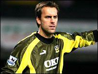 Sander Westerveld England Shirt, Everton, Portsmouth, Football Players, Knight, Club, Soccer Players, Cavalier