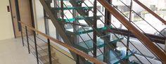Η εταιρία Υαλοεφαρμογές ΟΕ δραστηριοποιείται στον χώρο  του τζαμιού από το 1975. Έκτοτε με εμπειρία , γνώση και συνεχείς ενημερώσεις στα προϊόντα του τζαμιού μπορεί να σας δώσει αξιόπιστες και ολοκληρωμένες λύσεις στη διαμόρφωση του προσωπικού και επαγγελματικού σας χώρου.     Επίσης τα προϊόντα μας εναρμονίζονται με τους κανόνες της Ευρωπαϊκής Ένωσης και σε όλα παρέχεται CE.
