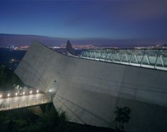 Yad Vashem Holocaust Museum / Safdie Architects (2)
