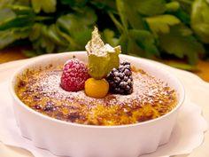 Crema Catalana | Recept från Köket.se Acai Bowl, Oatmeal, Breakfast, Food, Acai Berry Bowl, The Oatmeal, Morning Coffee, Rolled Oats, Essen