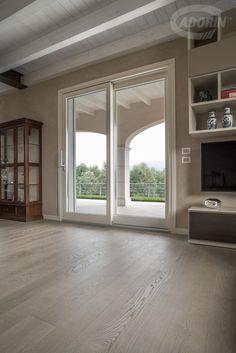 Grigio Sabbia - Rovere Europeo - Spazzolato Home Room Design, Interior Design Living Room, House Design, Elegant Home Decor, Elegant Homes, Style At Home, Indian Bedroom Decor, Crazy Home, Halls