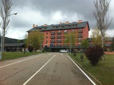 Hotel Parador de Cervera de Pisuerga en Cervera de Pisuerga, Castilla y León #cyl #hotel #restaurante #naturaleza
