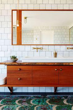 60 Best Bathroom Designs - Photos of Beautiful Bathroom Ideas to Try Bathroom Photos, Diy Bathroom Decor, Bathroom Renos, Bathroom Faucets, Bathroom Interior, Bathroom Ideas, Master Bathroom, Bathroom Green, Bathroom Marble