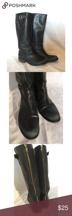 "Steve Madden black boots Black leather boots by Steve Madden. Gold zipper and buckle. 1"" heel. Used condition with some scuffs on toe. All leather. Size 10. Steve Madden Shoes Winter & Rain Boots"