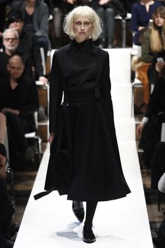 http://www.vogue.com/fashion-shows/berlin-fall-2016/esther-perbandt/slideshow/collection