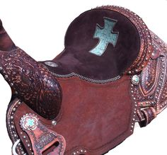 "sturrips with crosses | Lynn McKenzie ""Special"" barrel racing saddle by Double J Saddlery. LM ...I want one for Christmas Santa!!!"