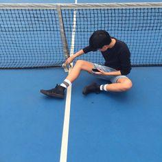 let's go down to the tennis court Haikyuu, Kuroo X Kenma, Akaashi Keiji, Asian Boys, Asian Men, Gotham Academy, Everything Is Blue, Aesthetic Boy, Ichimatsu