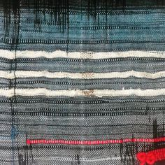 I made this piece today with my leftovers. This is a fast quite messy piece created with lots of tension. #csulb #fiberart #bridgettesegraves #art #weaving #fiber #loom