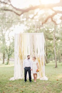 DIY crepe paper summer wedding inspiration | Photo by To Live To Love Photography | Read more - http://www.100layercake.com/blog/?p=82679