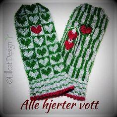 Ravelry: Alle Hjerter Vott pattern by Lill C. Mittens, Ravelry, Knit Crochet, Knitting, Pattern, Fingers, Design, Socks, Heels