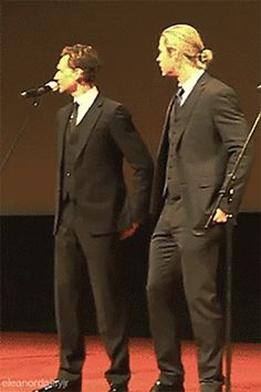 Tom Hiddleston And Chris Hemsworth Being The Brothers They Are…