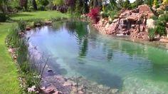 The pond, koupací jezírko s vodopádem