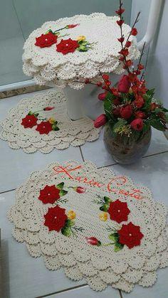 Image gallery – Page 689684130413916241 – Artofit Crochet Carpet, Crochet Home, Crochet Designs, Crochet Patterns, Bullion Embroidery, Chrochet, Crochet Accessories, Crochet Flowers, Wedding Centerpieces