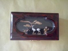 Chinese lacquer jewelry box with inlayed by FoundButNeverLost, €10.00