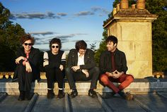 The Kooks LOVE 'do you love me still', 'naïve' and 'sway'. Allows me to compare Jumaji with another Indie Rock band The Kooks, Music Love, Music Is Life, Good Music, My Music, Alternative Rock, Alternative Music, Lollapalooza, Abbey Road