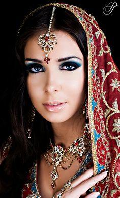 maang tikka, maangtikka, necklace, Indian bridal jewellery