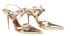 Gold shoes by Rene' Caovilla Rene Caovilla, Atelier Versace, Gold Shoes, Emma Stone, Chicano, Fame, Valentino, Sandals, Heels