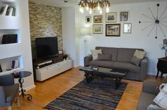 Apartment Vity Sarajevo Situated 500 metres from Latin bridge in Sarajevo, this apartment features free WiFi. Featuring free private parking, the apartment is 800 metres from Bascarsija Street.  There is a seating area and a kitchen equipped with a dishwasher.