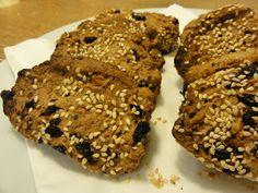 The Queen of Quinoa: Gluten-Free Banana Bread Muffins Banana Bread Muffins, Gluten Free Banana Bread, Oatmeal Cookies, Chocolate Chip Cookies, Quinoa Cookies, Greek Cookies, Trail Mix Cookies, Quinoa Gluten Free, Greek Sweets