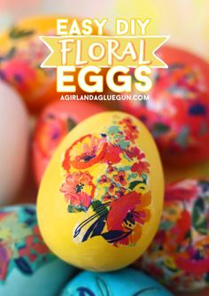 Mod Podge floral Eggs - A girl and a glue gun Easter Egg Crafts, Easter Eggs, Spring Crafts, Holiday Crafts, Holiday Ideas, Cute Easter Bunny, Diy Easter Decorations, Easter Activities, Craft Projects For Kids