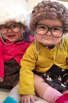 Halloween costume ideas for toddlers and babies - cute, unique and easy halloween costumes for kids Diy Couples Costumes, Baby Halloween Costumes For Boys, Easy Diy Costumes, Hallowen Costume, Costumes Kids, Costume Ideas, Funny Costumes, Easy Halloween, Couple Halloween