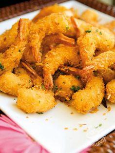 A recipe for Panko Shrimp, delicious crunchy coated fried prawns. Panko Shrimp Recipe from Grandmothers Kitchen. Sushi Recipes, Shrimp Recipes, Snack Recipes, Cooking Recipes, Snacks, Finger Food Appetizers, Finger Foods, Appetizer Recipes, Shrimp Tempura